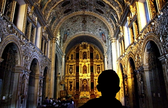 church-interior-in-oaxaca-photo-andrew-mcmillan_burningwell-584x377
